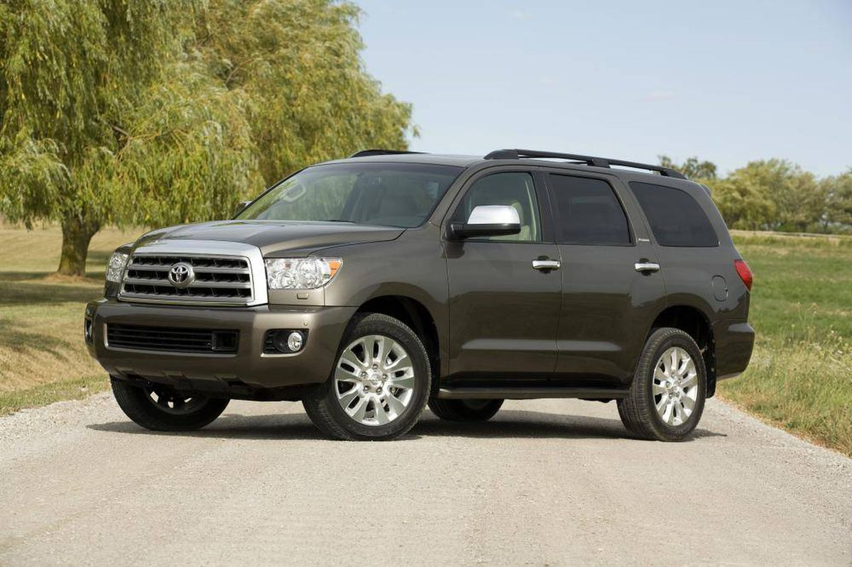 big toyota suv has heavy duty hauling power with a gas bill to match the globe and mail. Black Bedroom Furniture Sets. Home Design Ideas