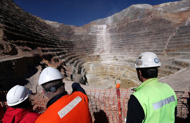 Barrick makes $18B bid for Newmont to become world's biggest gold miner