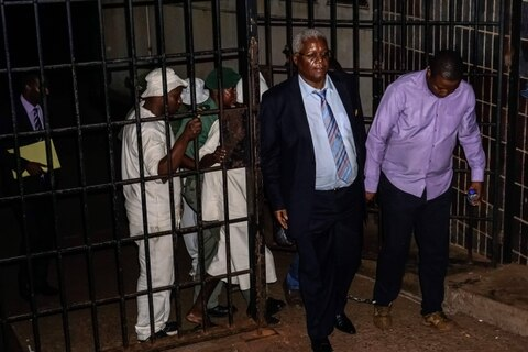 Former Zimbabwe finmin Chombo detained until bail hearing Monday