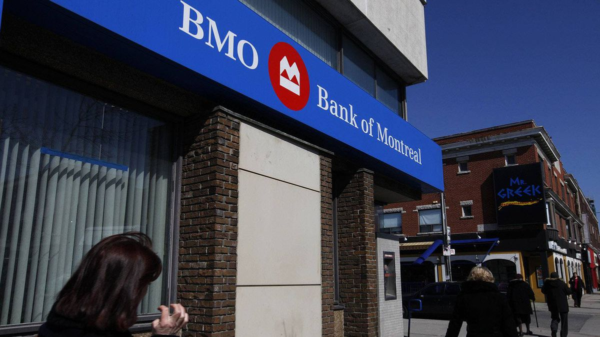 Bank of Montreal raised $1.3-billion Wednesday in debt that was quickly scooped up by investors.