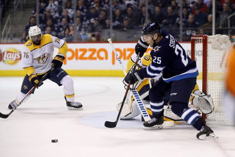 Mike Fisher signs contract with Predators, returns to active roster