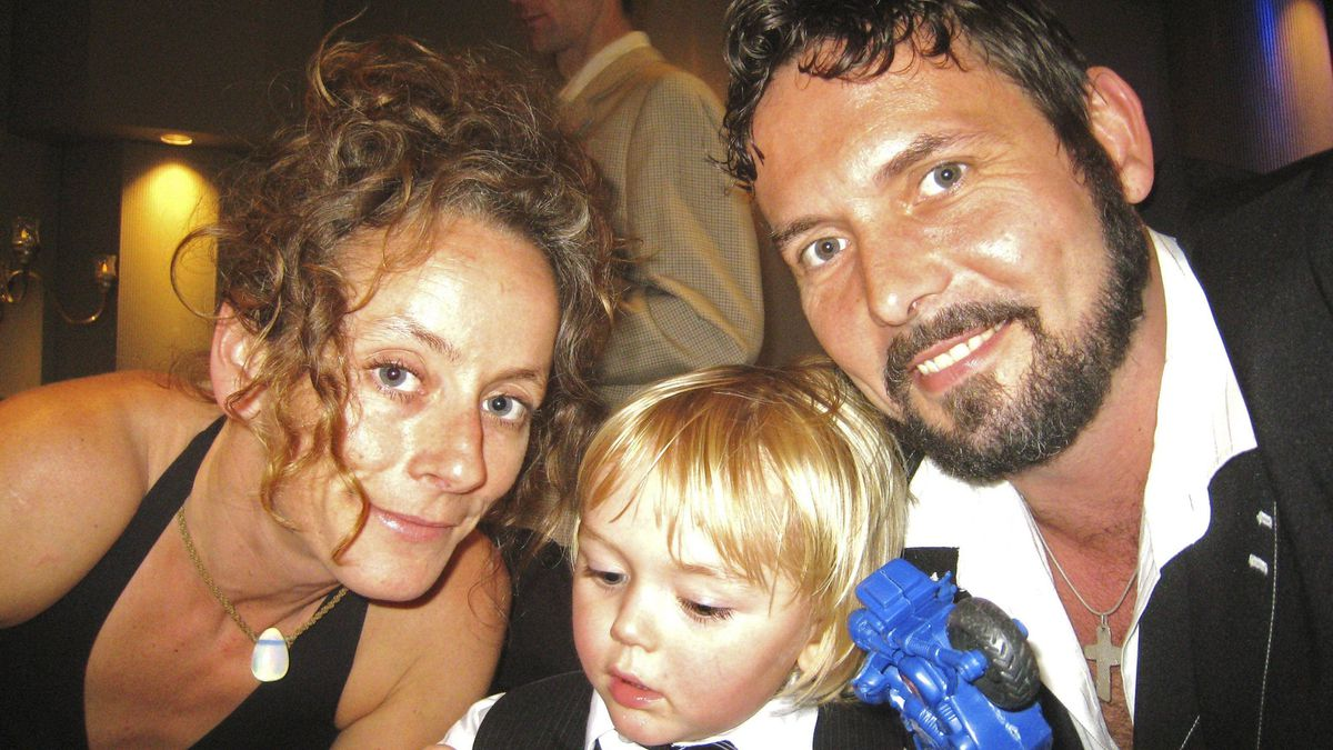 Jenna Morrison, 38, her son Lucas, 5, and partner Florian Schuck. Ms. Morrison was the Toronto cyclist killed Monday Nov 7, 2011 in a collision with a truck.