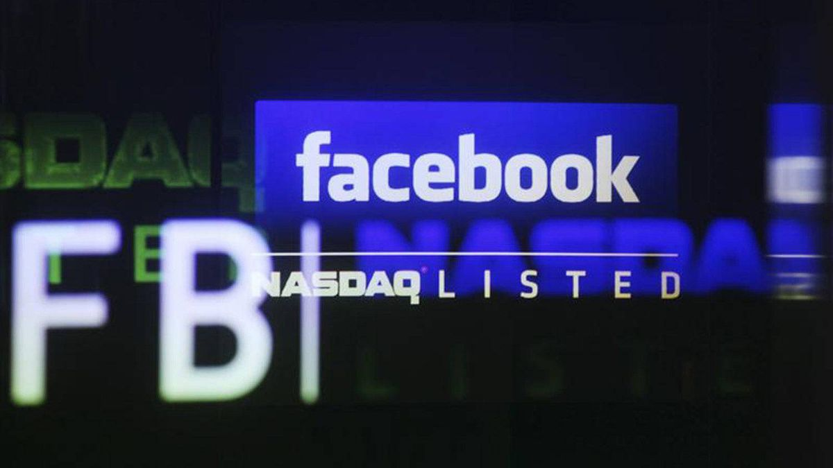 The Facebook logo is seen on a screen inside at the Nasdaq Marekstsite in New York May 18, 2012.