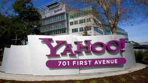 A Yahoo! signs sits out front of their headquarters in Sunnyvale, California in this February 1, 2008 file photo. Yahoo Inc said it was laying off 2,000 employees, signaling a broad shakeup of the company.