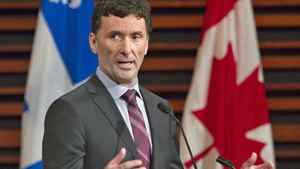 Ottawa MP Paul Dewar responds to a question during an NDP leadership debate in Quebec City on Feb. 12, 2012.