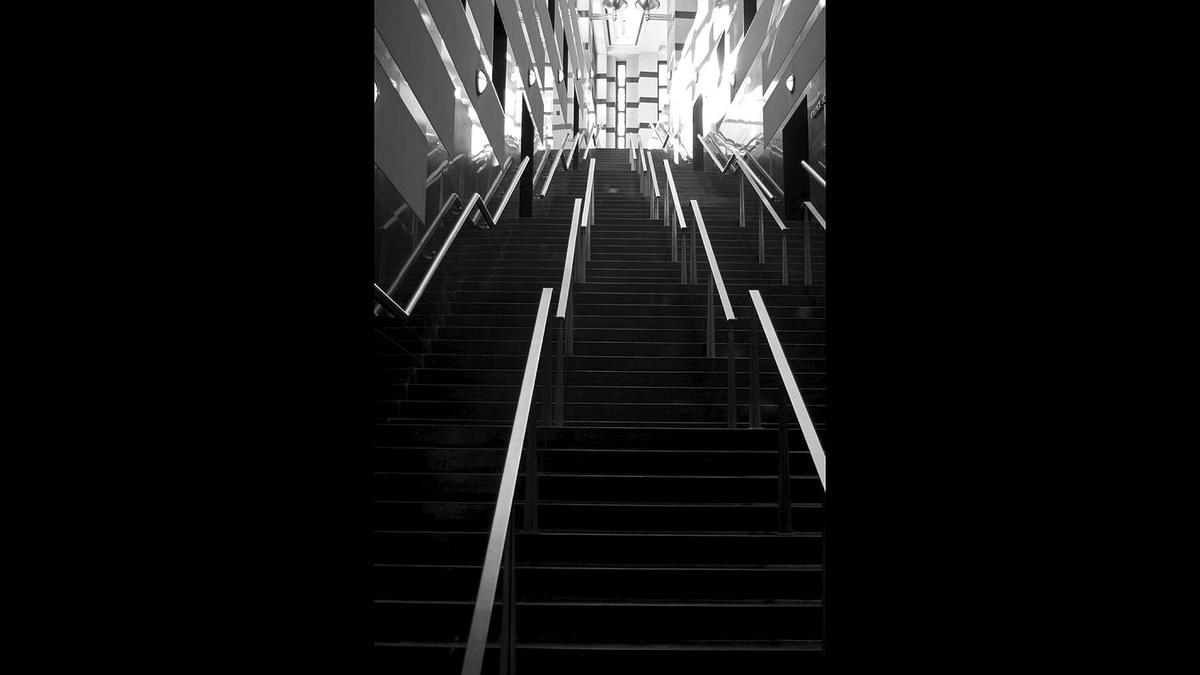 Sandro Del Re photo: Mississauga City Hall - Grand Staircase - Shot of the Grand Staircase of the Mississauga City Hall.