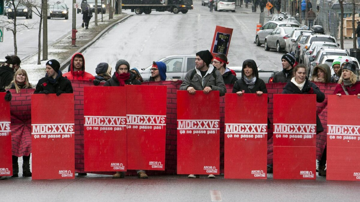 Students block Rene Levesque Blvd as they continue their protest against tuition fee hikes Wednesday, March 28, 2012 in Montreal.