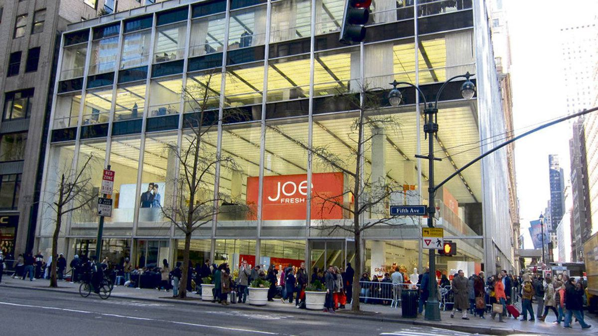 A linchpin of Joe Fresh's aggressive foray into the U.S., the Canadian fast-fashion brand's new Manhattan flagship has a prominent midtown presence. Shoppers recently camped out overnight to get in.