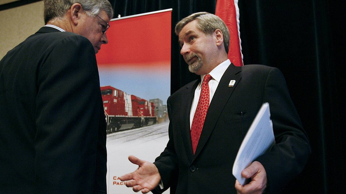 CP Rail chairman John Cleghorn, left, and CEO Fred Green at the company's annual general meeting May 9, 2008, in Winnipeg. Activist investor Bill Ackman wants Mr. Green replaced as CEO by archrival Hunter Harrison, formerly of CN Rail.