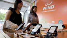 Wind Mobile captured 35 per cent of net new customers in the most recent quarter.