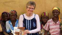 Kathy Knowles won $25,000 worth of computing equipment for her charity work in Ghana, and donated it to the Canadian Foodgrains Bank.