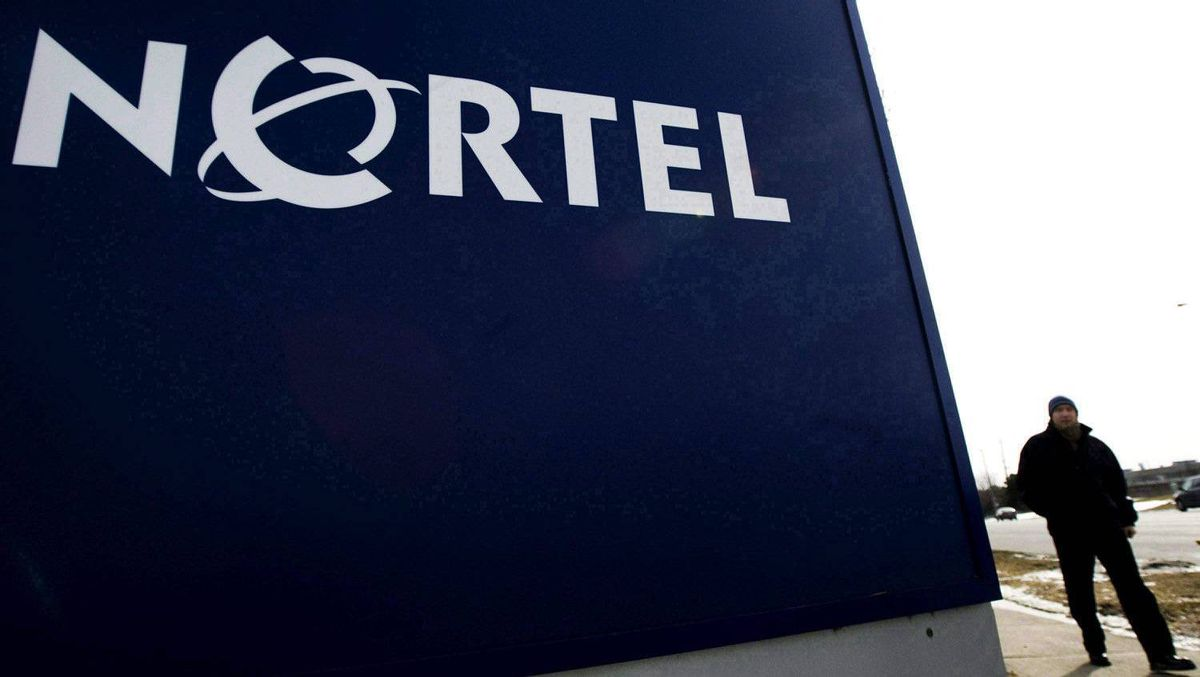 Lawyers for two former Nortel Networks Corp. executives will not have to hand over their interview notes, a judge ruled Monday.