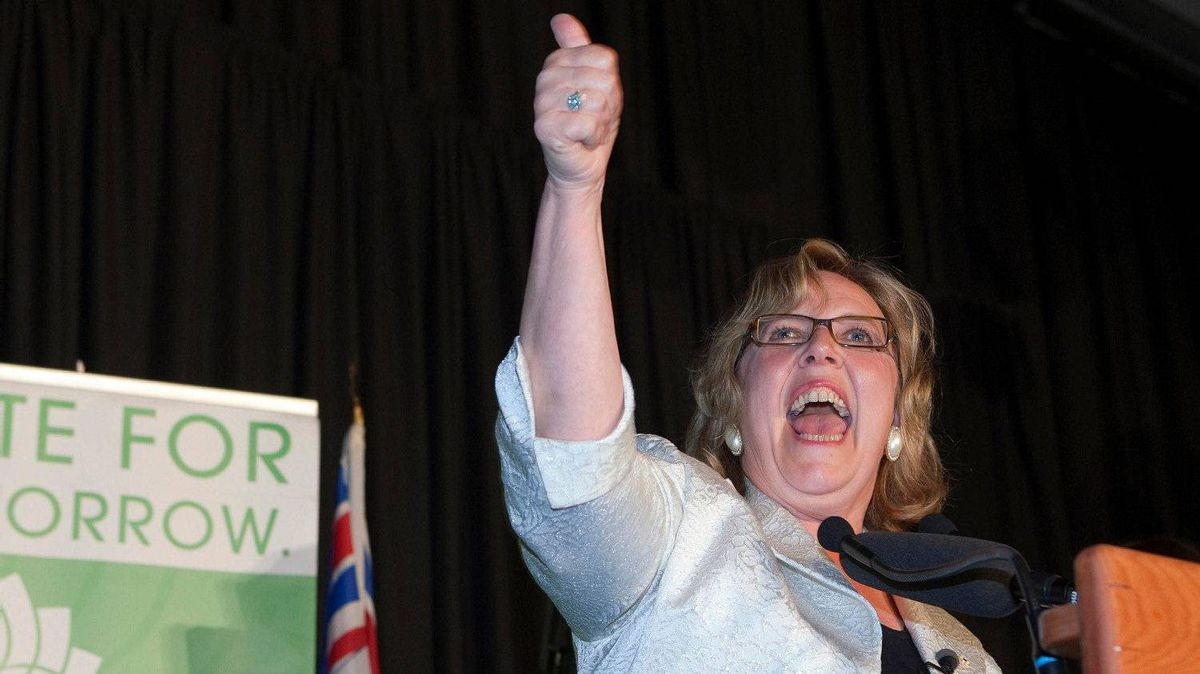 Green Party Leader Elizabeth May celebrates winning her riding of Saanich-Gulf Islands at her election party in Sidney, British Columbia, May 2, 2011.