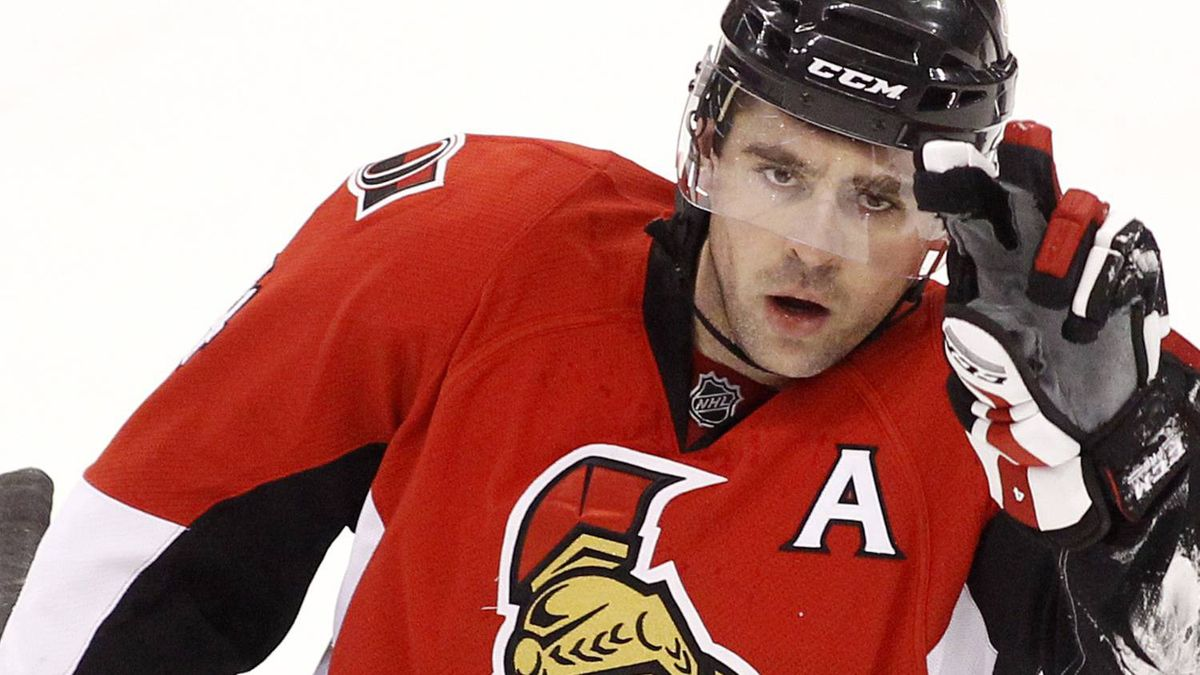 Ottawa Senators' Chris Phillips skates to the bench during the first period of their NHL hockey game against the Philadelphia Flyers in Ottawa February 26, 2011. REUTERS/Blair Gable