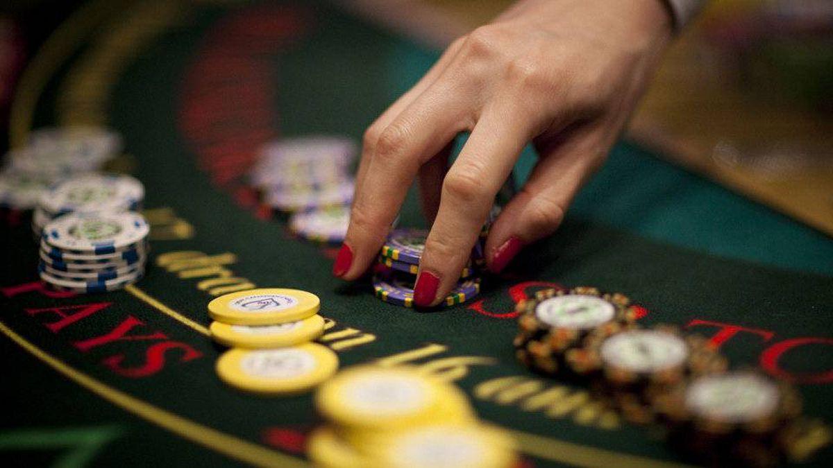 Blackjack at the River Rock Casino in Richmond, B.C. June 11, 2009.