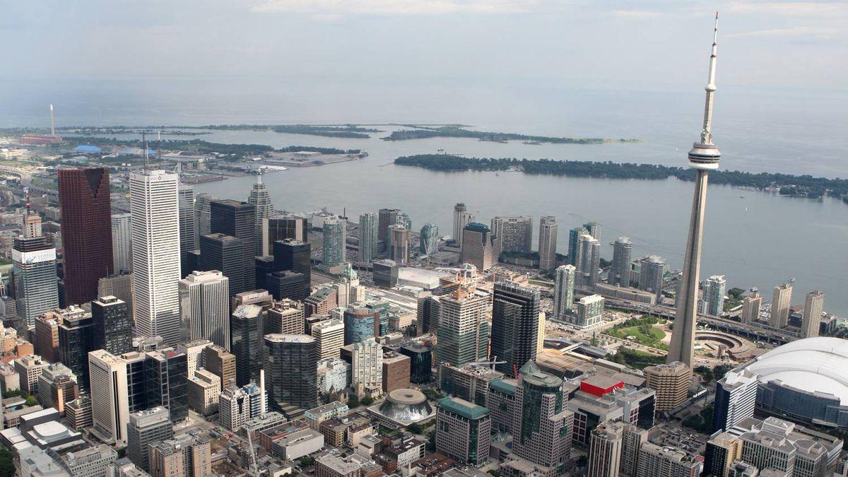 Aerial views of downtown Toronto