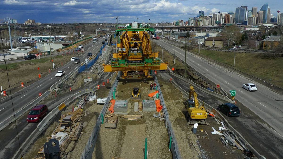Lee Gunderson photo: Calgary construction streets May 3, 2011 - Calgary being uncrated. The monster traffic snarl caused by the elevated LRT construction and the mega traffic snarl plaguing Calgary commuters May 3, 2011