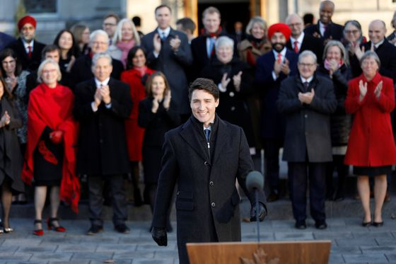Politics Briefing: Trudeau's new cabinet meets for the first time