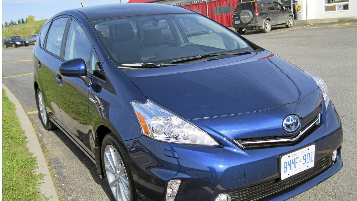 2012 Toyota Prius v__Creidt: michael Vaughan for The Globe and Mail
