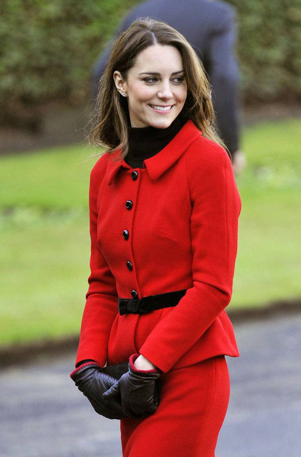 Kate Middleton smiles during their visit to St. Andrews University in Fife, Scotland February 25, 2011. The couple made their second official visit together since announcing their engagement in November to St. Andrews University to launch its 600th anniversary celebrations.