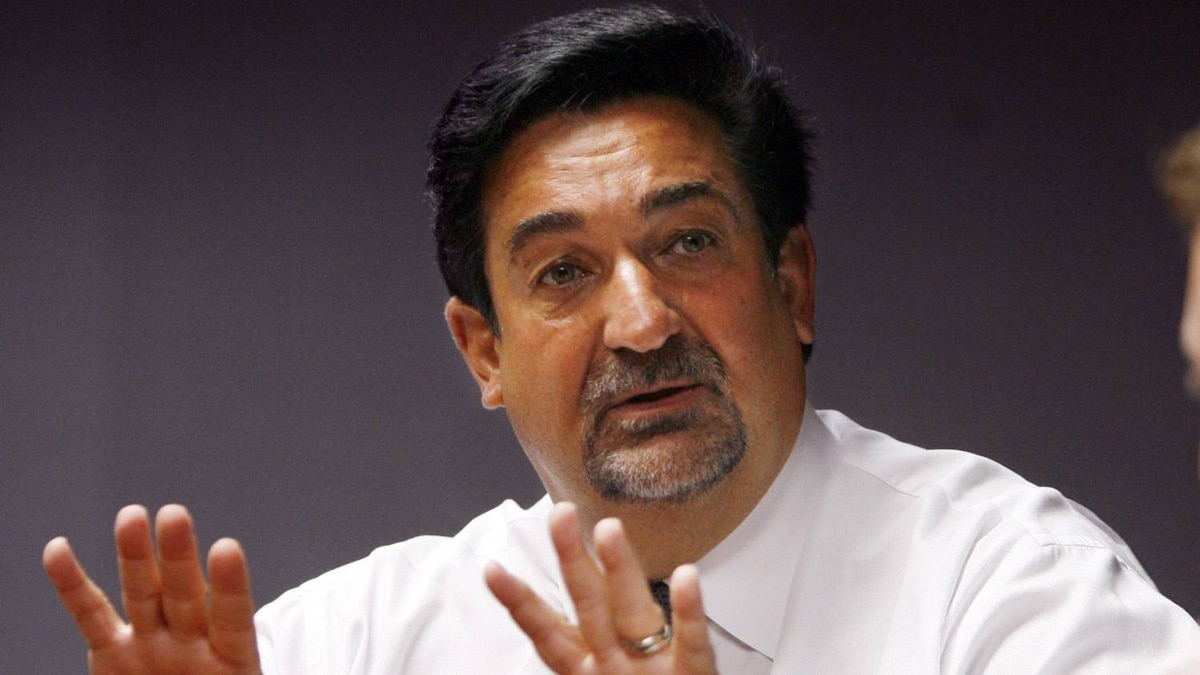 "In this Sept. 11, 2007, file photo, Ted Leonsis, a majority owner of the Washington Capitals ice hockey team, speaks with the Associated Press during an interview in Washington. The family of late Washington Wizards owner Abe Pollin says it has agreed on the ""major economic terms"" for selling its stake in the NBA team to Capitals owner Ted Leonsis."