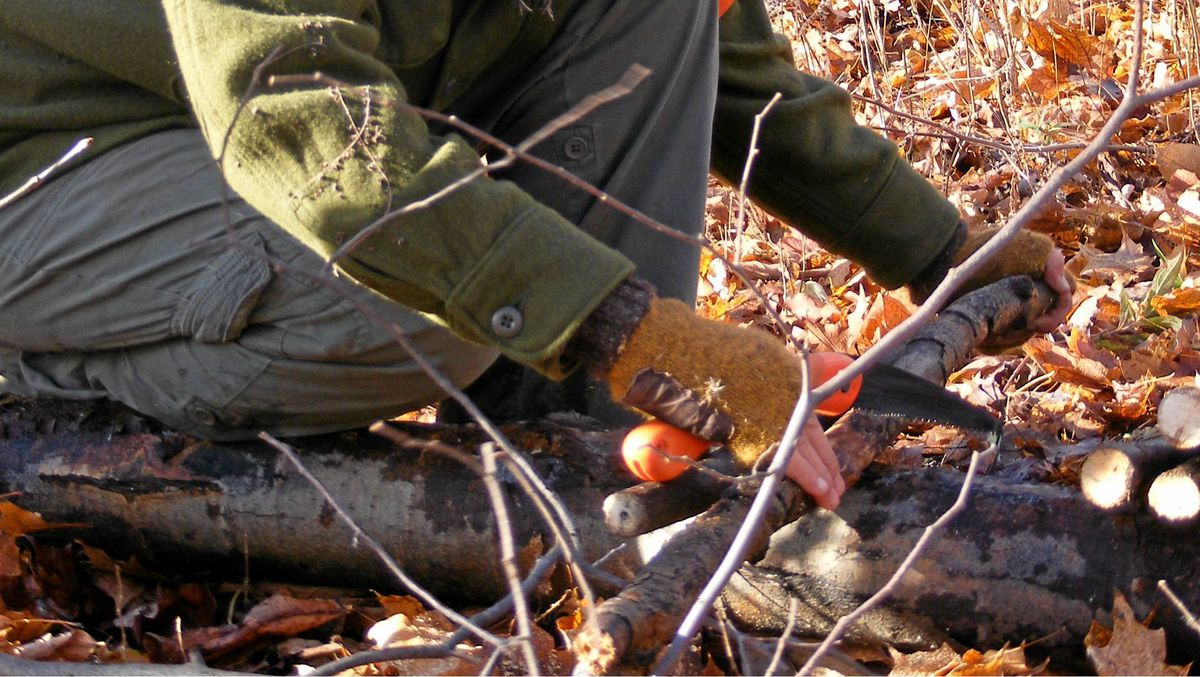 Book on a Basic Bushcraft Skills program with Canadian Bushcraft.