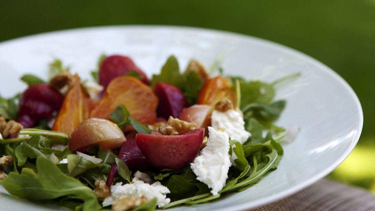 Roasted beet salad with fresh ricotta