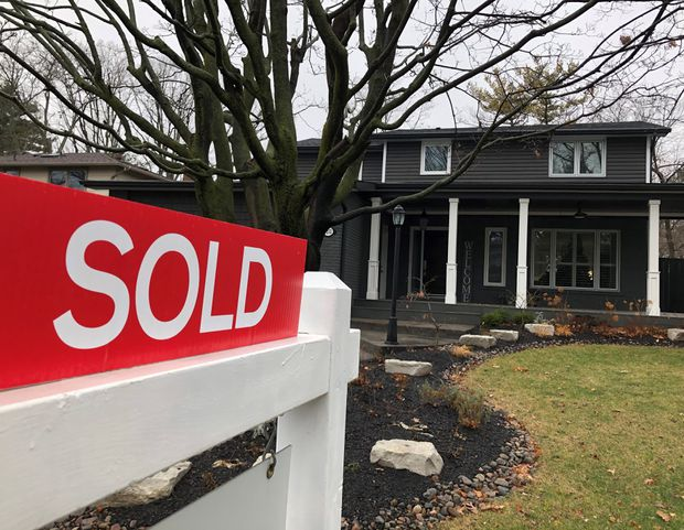 theglobeandmail.com - The Canadian Press - CMHC says majority of mortgage deferrals have ended, risk of arrears could re-emerge