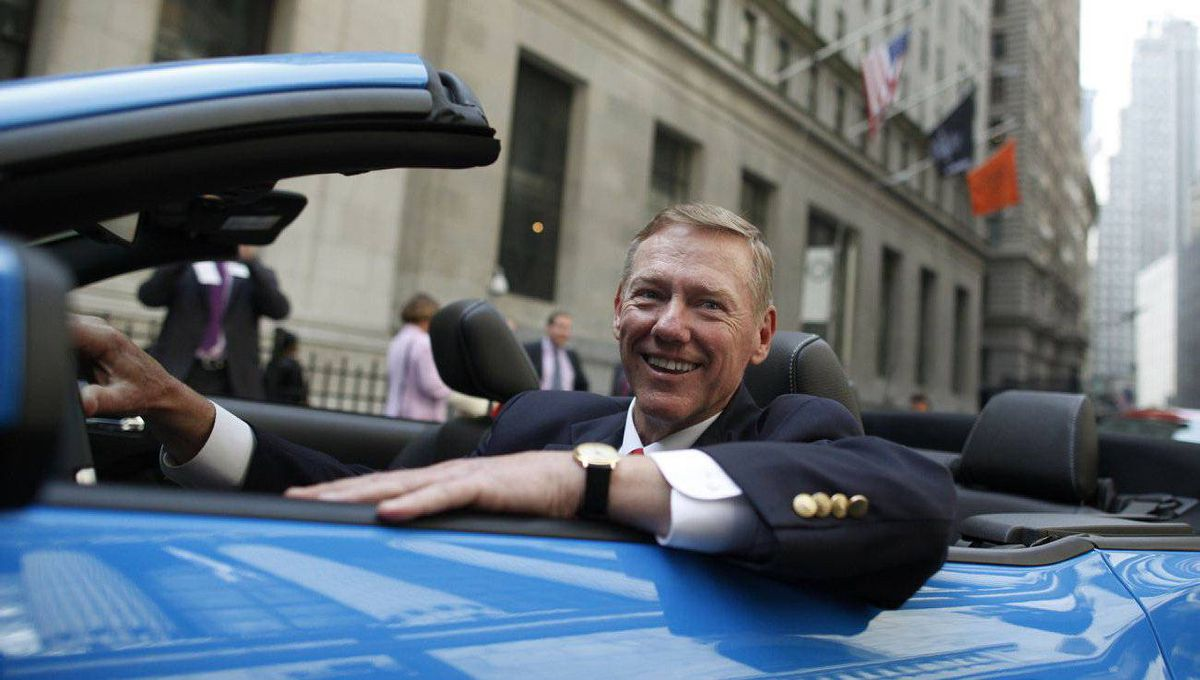 Ford Motor Co. chief Alan Mulally has been the driving force behind the revival of two big companies.