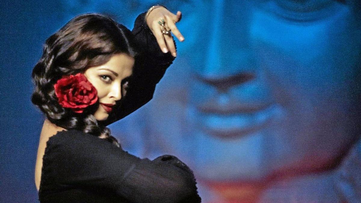 Aishwarya Rai Bachchan in Guzaarish.