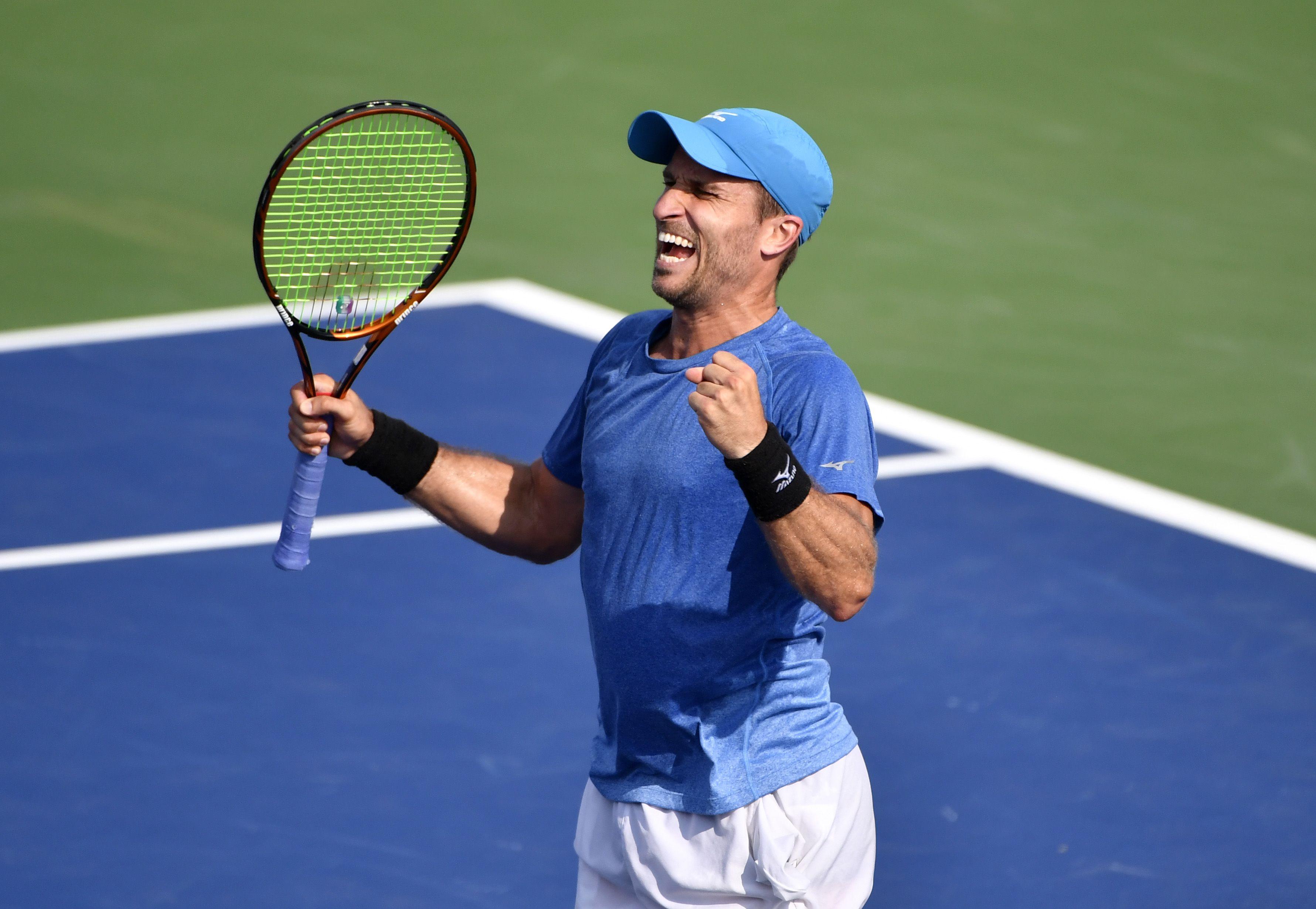Steven Diez of Toronto wins first qualifying match for U.S. Open