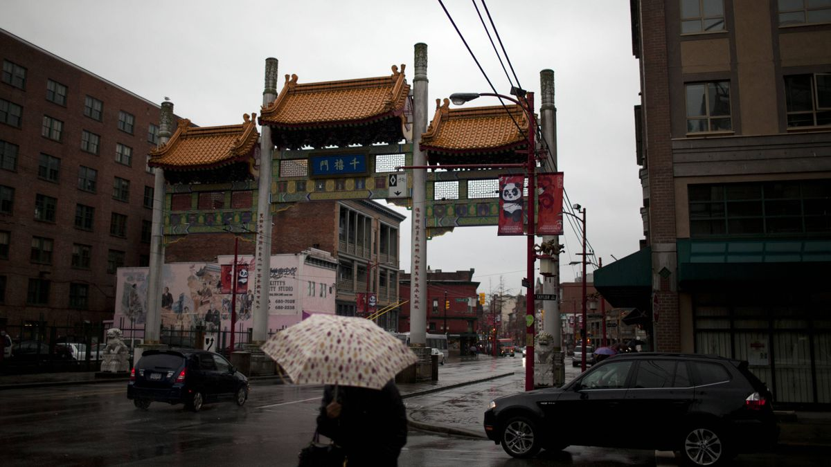 The native social housing building and healing lodge will go up near the iconic gate to Vancouver's Chinatown.