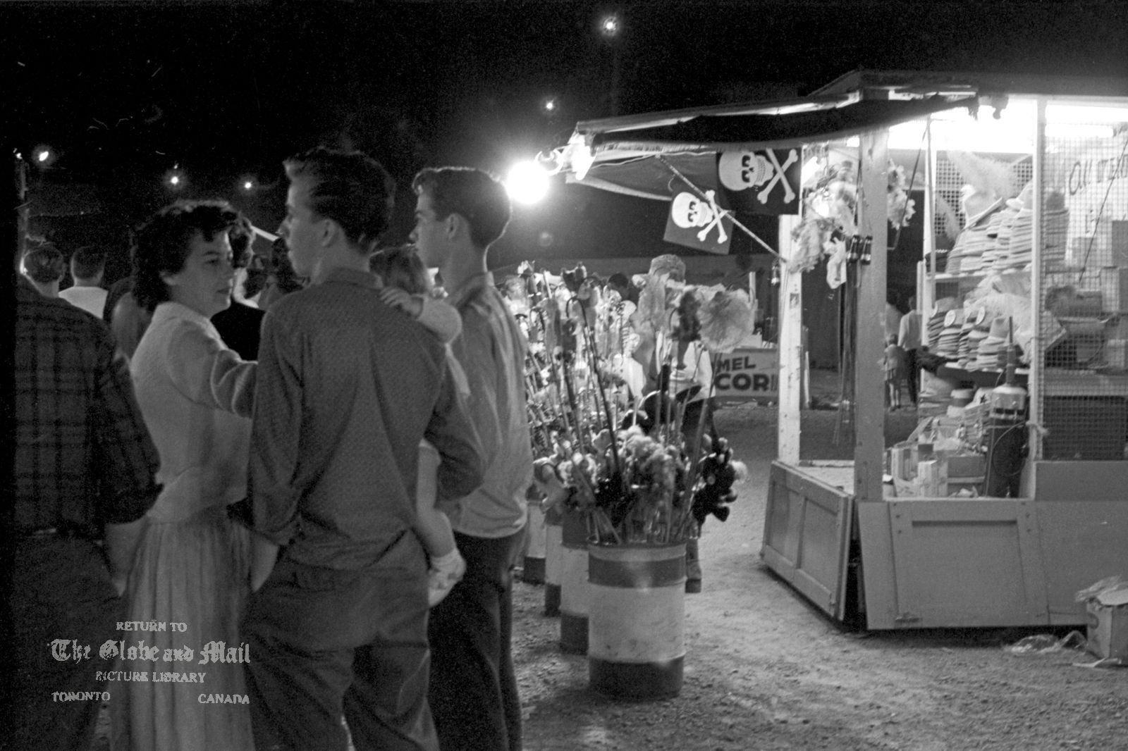 1962. Brampton Fall Fair, carnival area, September 14, 1962. Photo by John Boyd / The Globe and Mail. Neg. #62257-04a