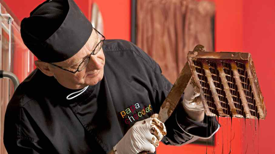 Calgary chocolatier Bernard Callebaut has started a new business, Papa Chocolat, after his former business, Chocolaterie Bernard Callebaut, fell into receivership and its assets were sold to a group headed by a former employee.