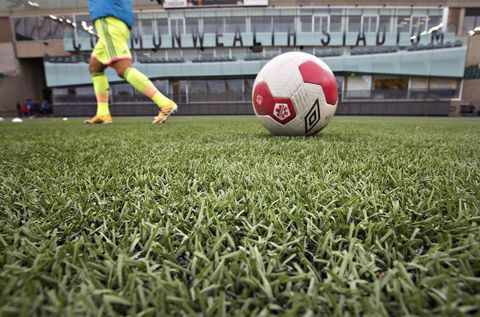 Players drop legal fight over artificial turf in 2015 Women's World Cup