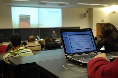 Professors push back against laptops in the lecture hall