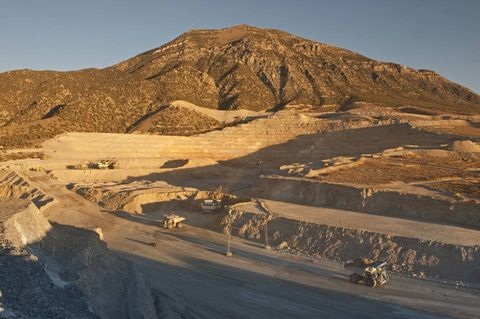 Citigroup Upgrades African Barrick Gold (ABGLF) to Buy