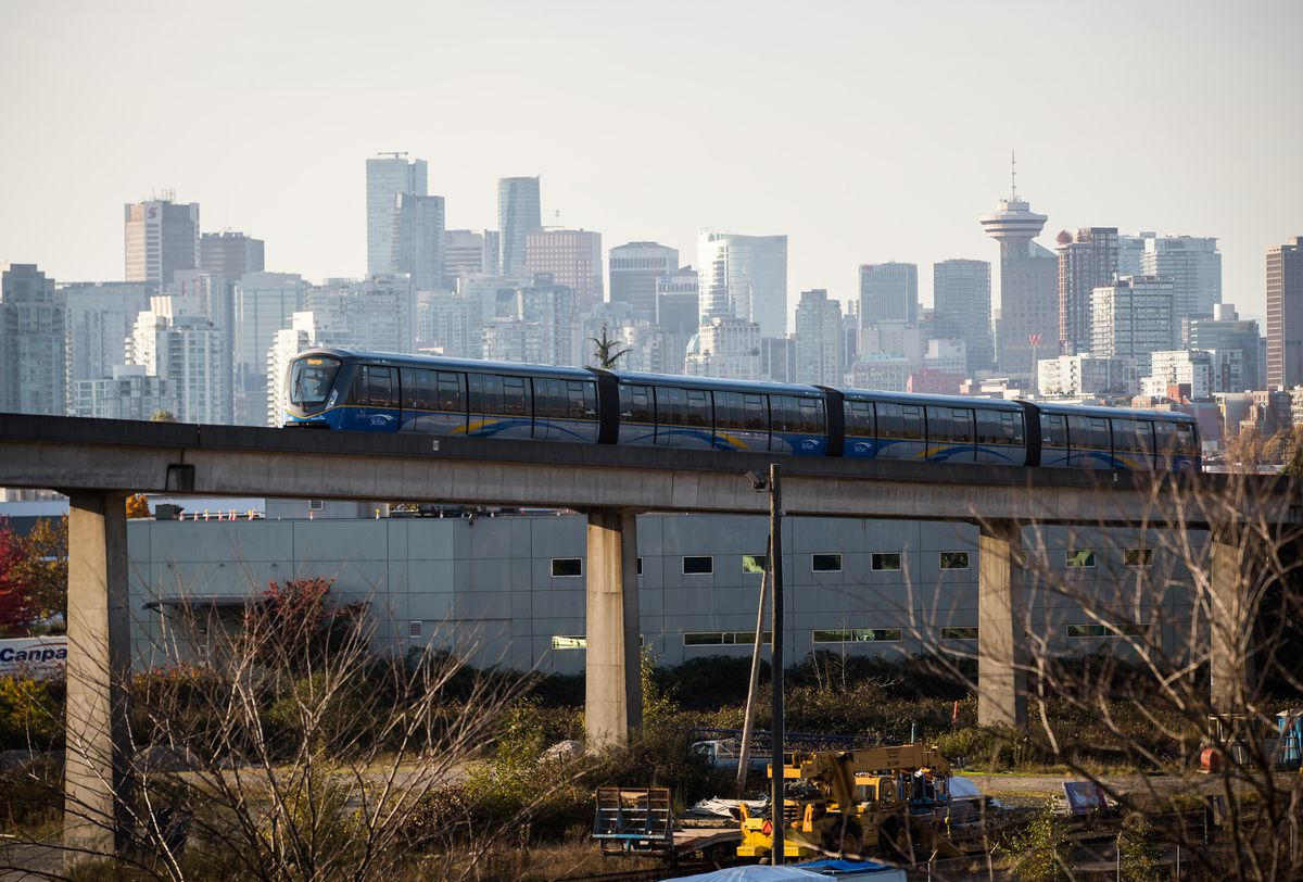 SkyBridge   Vancouver Light Rail