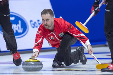 Brad Gushue now the winningest skip in Brier history