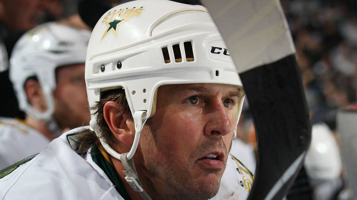 Mike Modano #9 of the Dallas Stars watches the action against the Buffalo Sabres at the HSBC Arena on March 10, 2010 in Buffalo, New York. The Sabres defeated the Stars 5-3. (Photo by Bruce Bennett/Getty Images)