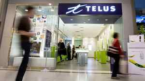 The Telus store in Toronto's Eaton's Centre is seen on October 27, 2009. JENNIFER ROBERTS FOR THE GLOBE AND MAIL