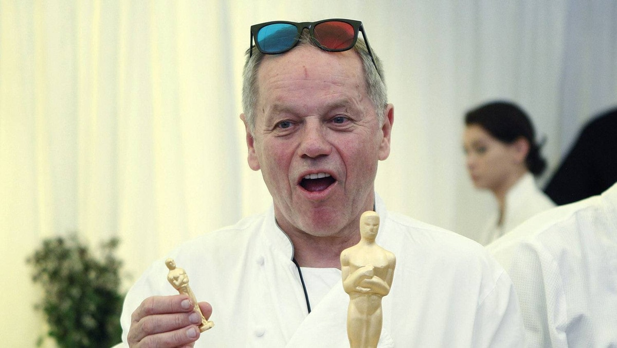 Yes, 3D. See Wolfgang Puck's glasses? We couldn't make this stuff up.