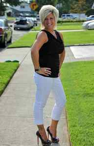 REALITY Long Island Medium TLC, 7 p.m. ET; 11 p.m. PT You don't need a crystal ball to know this show will be renewed for a third season. TLC sanctioned the second campaign less than a week after the first episode aired and drew huge U.S. ratings and the audience keeps growing every week. For those not blessed with precognition, the premise revolves around the brash suburban mom Theresa Caputo, who works as a professional medium when she isn't trying to raise a family in her hometown of Hicksville, N.Y. And of course anyone could have predicted that her two worlds would collide: In tonight's first episode, her wiseacre son Larry Jr. is critical of her decision to do a psychic reading at a baby shower. In the second show, Theresa tries to use her psychic abilities to convince her daughter to stay in college.