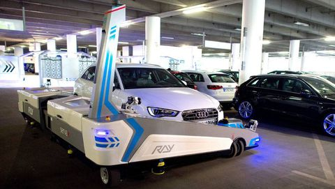 Robot valet to park travellers' cars at German airport