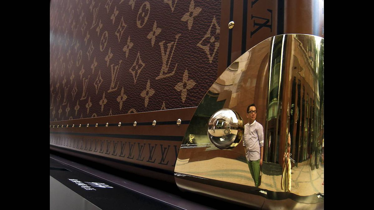 Brian Avery photo: Just in case - A gigantic Louis Vuitton case displayed outside Takashimaya Mall in Singapore
