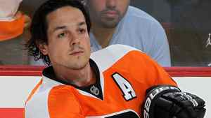 Danny Briere #48 of the Philadelphia Flyers warms up before playing against the Los Angeles Kings on October 15, 2011 at Wells Fargo Center in Philadelphia, Pennsylvania. (Photo by Jim McIsaac/Getty Images)
