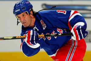 Brendan Shanahan, seen in this 2006 file photo, is retiring after 21 years in the NHL.