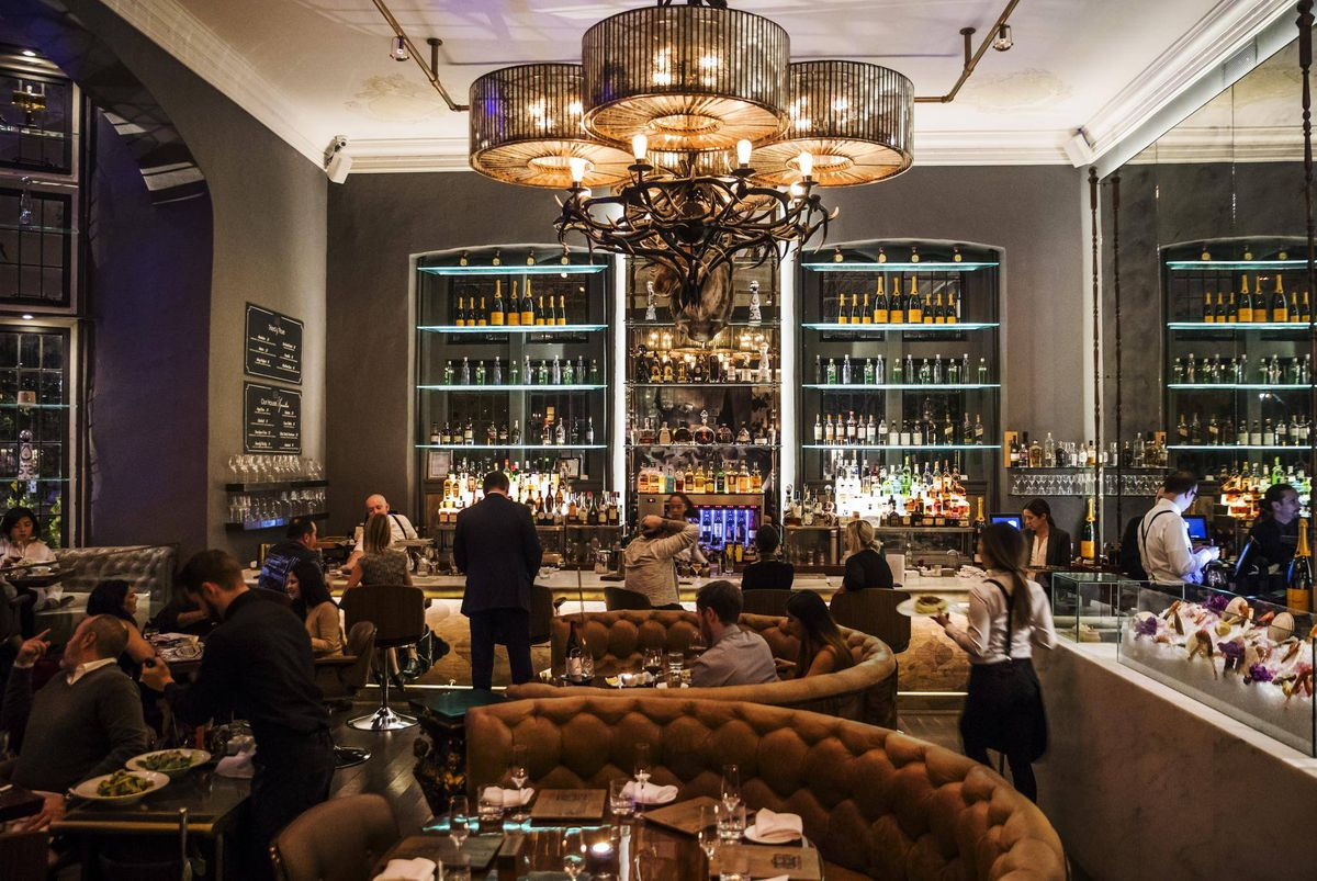 Take Over My Lease >> Casa Loma's BlueBlood offers a dining experience its owners hope tourists, Torontonians can ...