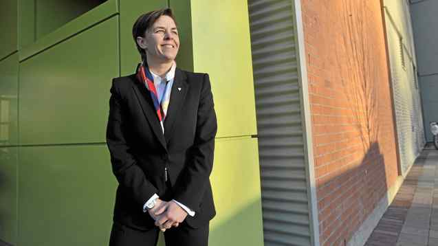 Tory MP Kellie Leitch is one of several medical doctors sitting in the House of Commons who bring a unique vantage point to the debate on breast cancer screening guidelines.
