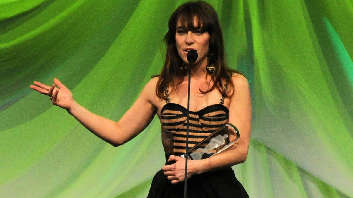 Feist receives the Juno for Adult Alternative album of the year for her album Metals during the Juno Gala dinner in Ottawa on Saturday, March 31, 2012.